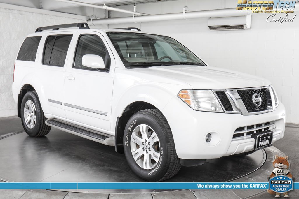 Pre-Owned 2012 Nissan Pathfinder Silver