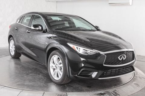 New 2018 INFINITI QX30 PURE